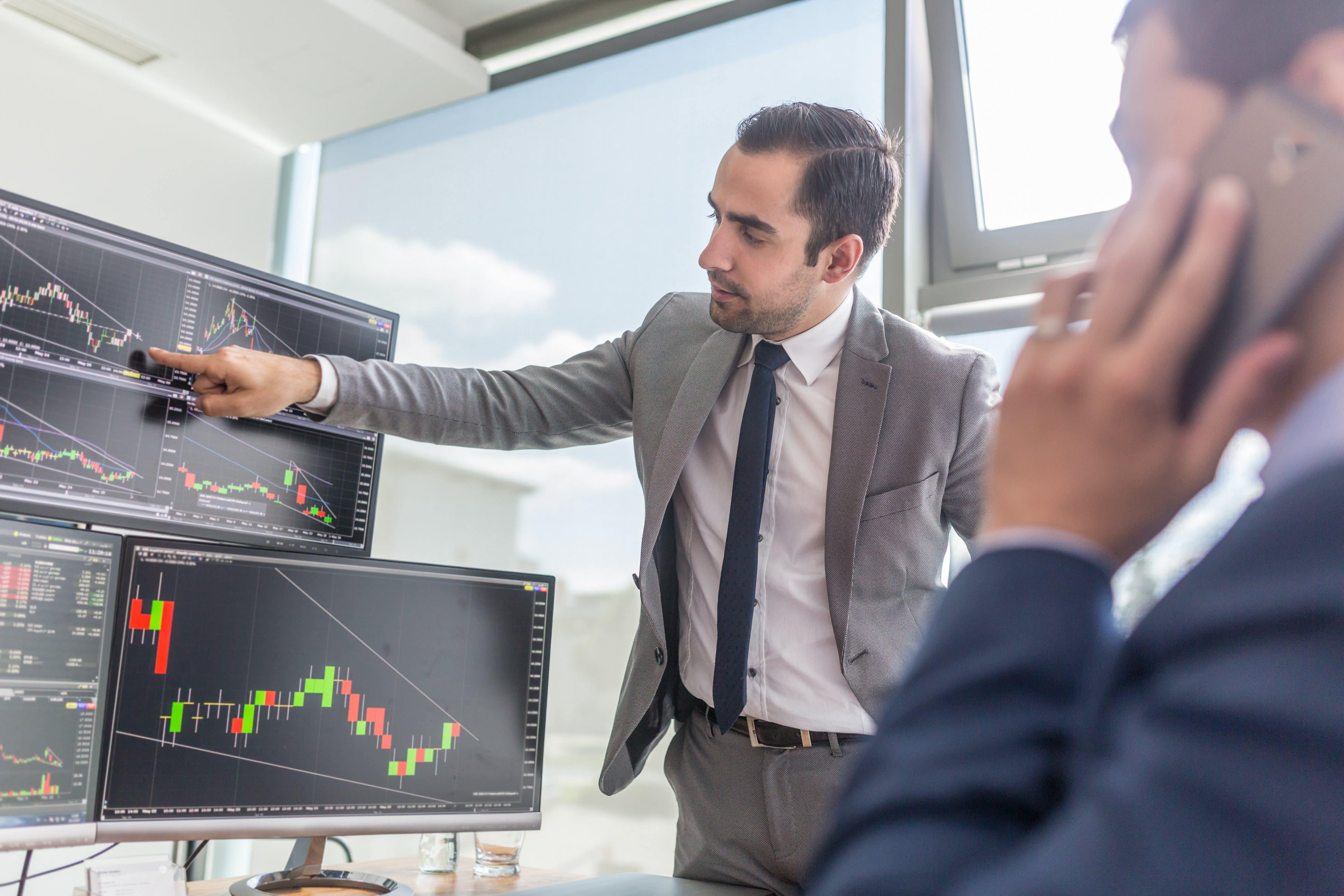How to Begin a Career in Trading